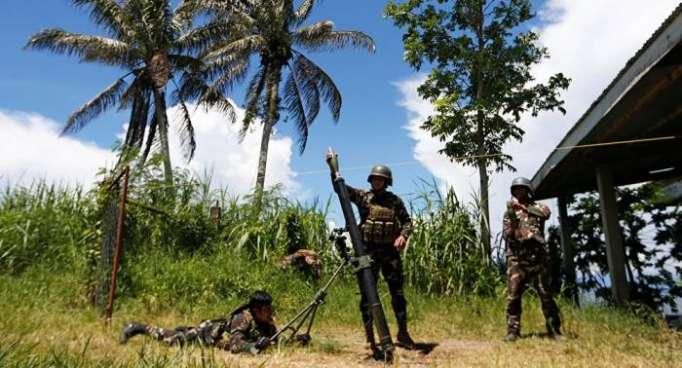 Más de 700 familias huyen de nuevos combates entre ejército y yihadistas en Filipinas
