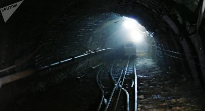 Más de cien trabajadores evacuados por un incendio en una mina de Siberia