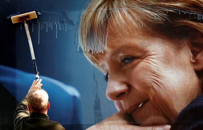 Almanların 40 faizdən çoxu Merkeli istəmir