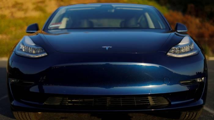 Ex-Mitarbeiter wirft Tesla Produktionsfehler vor