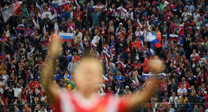 Fußball-WM: Russland schlägt die National-Elf der Russlandhasser