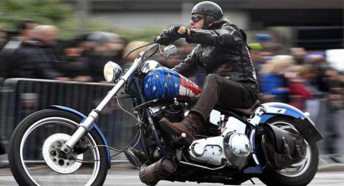 Donald Trump gerät unter Motorrad: Was droht Harley-Davidson nun?