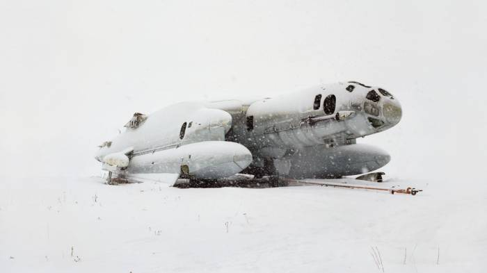 Eerie photos show dilapidated relics of the Soviet era