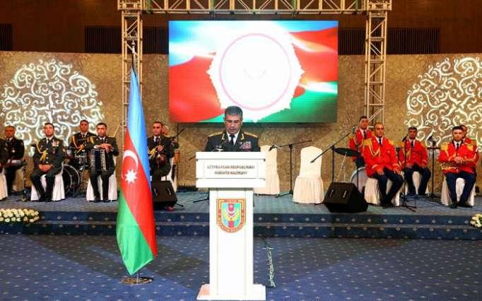 """ذاكر حسنوف:""""جيشنا قادر على تحقيق كل مهمة"""""""