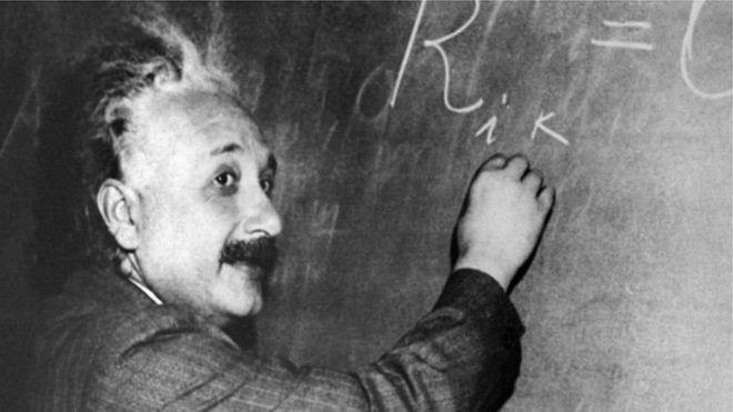 مذكرات أينشتاين عن رحلاته تكشف عنصريته