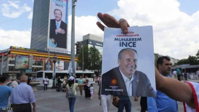 أردوغان يرد على تحدي منافسه الرئيسي.. بسؤال