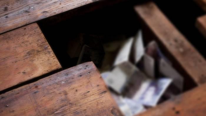 Reino Unido: encuentra 30.000 libras de la Segunda Guerra Mundial al reformar su tienda