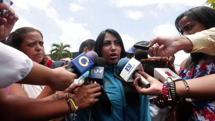 "Venezuela: Liberan a 17 detenidos por casos de ""violencia política"""