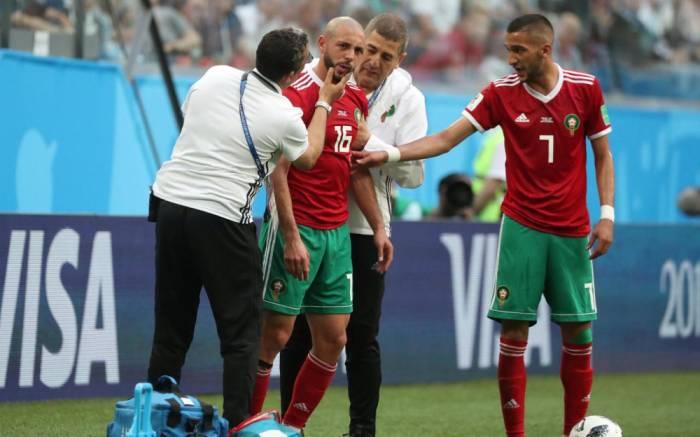 Mondial 2018:les curieuses claques données à un joueur marocain sonné