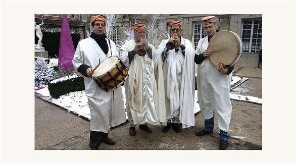 أطفال عراقيون وسوريون يفتتحون عيد الموسيقى في باريس باللغة الآرامية