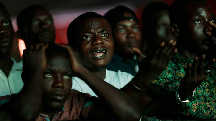Un apagón general deja a oscuras toda Nigeria tras la derrota de su selección en el Mundial