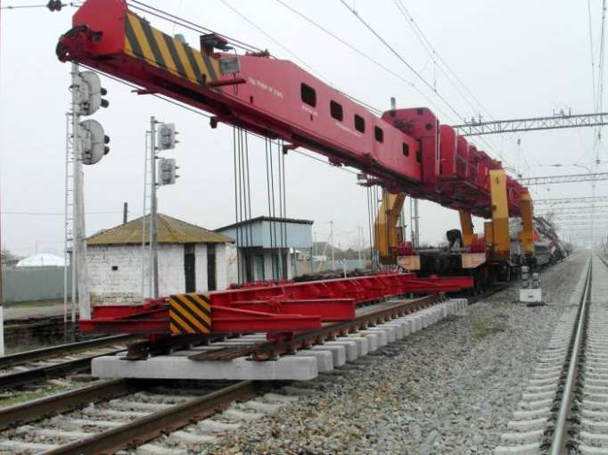 New switches being laid at Azerbaijan's Gobustan, Hajigabul railway stations