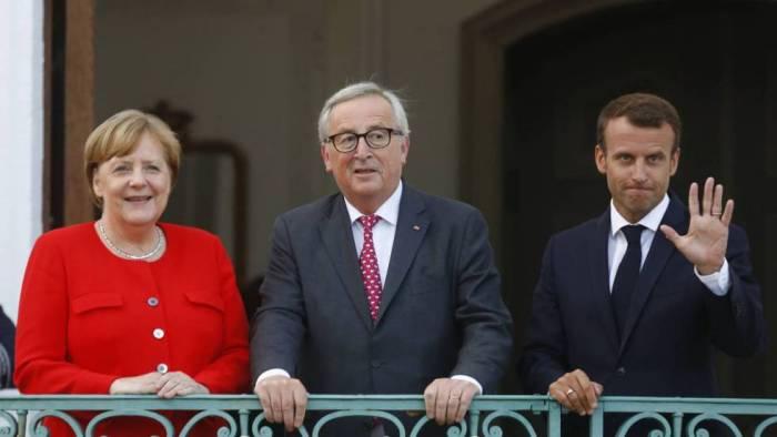 Juncker convoca una cumbre informal sobre inmigración el domingo en Bruselas