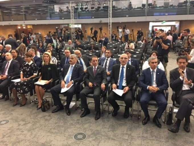 Novruz Mammadov participa en la 163 Asamblea General de BIE