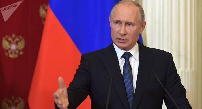 Putin se pondrá en cuarentena debido a los contagios de covid-19 en su círculo cercano