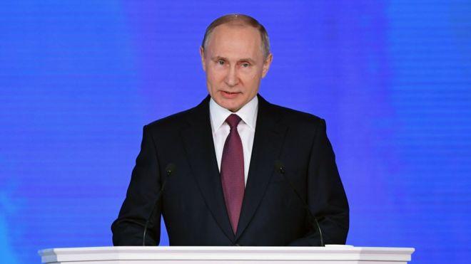 El índice de confianza en Putin cae a su mínimo en 13 años
