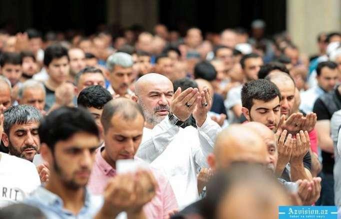 Se festeja Ramadán en el mundo musulmán