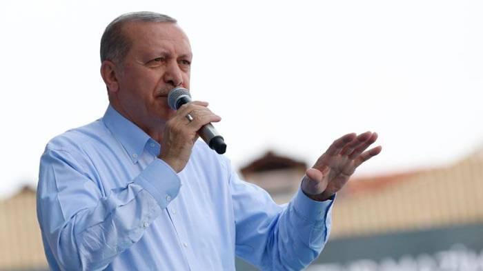 """""""Türkiyəni Gülənə vermək istəyirlər"""" - Ərdoğan"""