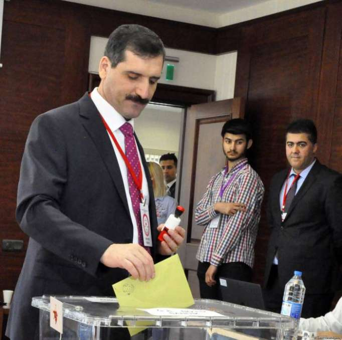 6,000 people expected to vote in Turkey