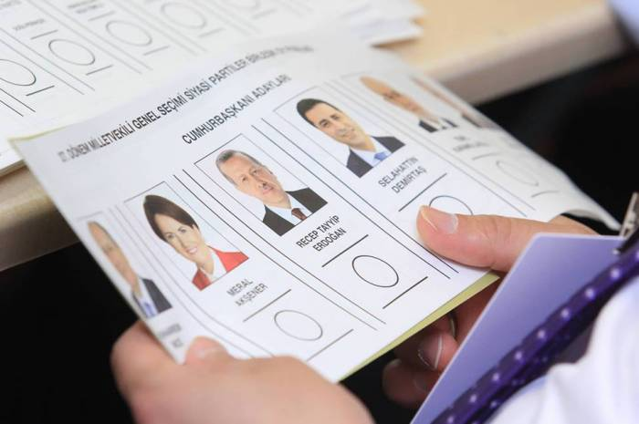 Elections: Les citoyens turcs votent en Azerbaïdjan - PHOTOS