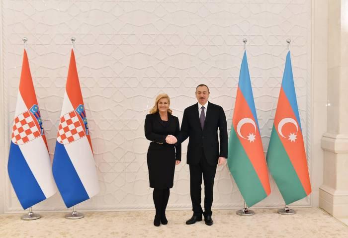 Prezident xorvatiyalı həmkarına məktub göndərib