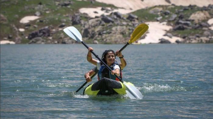 جبال هكاري التركية تتألق بمهرجاناتها بعدما تطهرت من الإرهاب (تقرير)