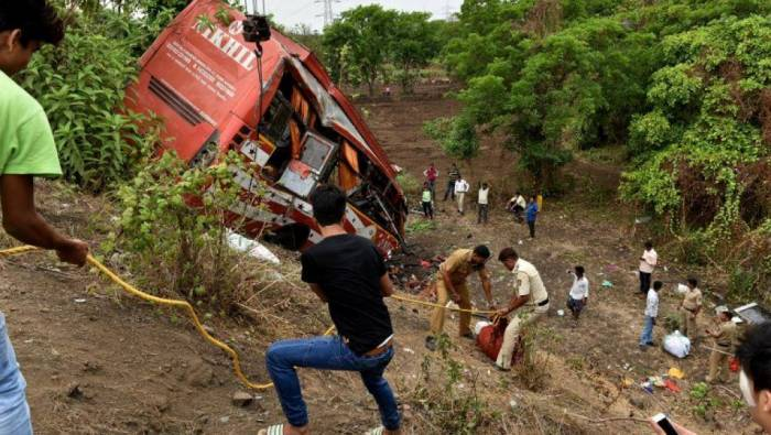 Inde: 14 morts dans un accident de car