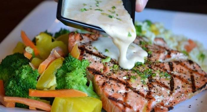 Voilà pourquoi les dîners tardifs sont dangereux pour la santé
