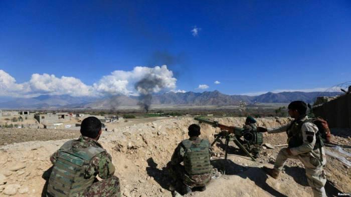 """Taliban""la toqquşmada 15 polis ölüb"