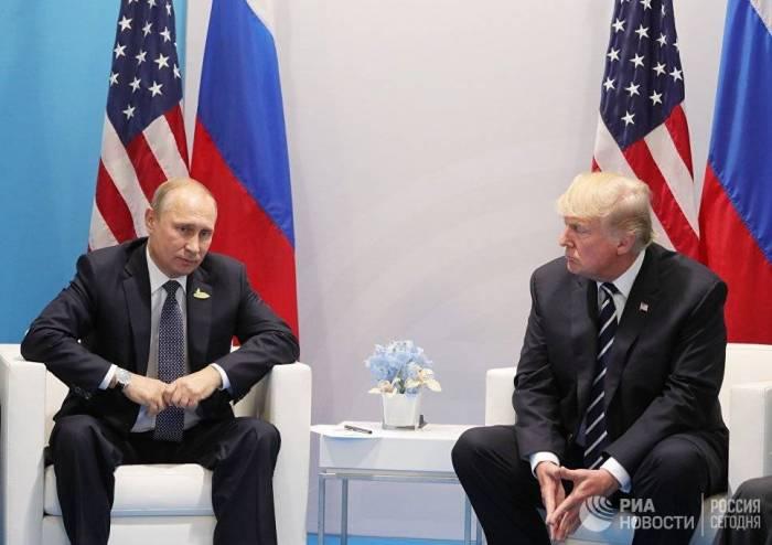Tramp Putinlə 3 saat söhbət edəcək