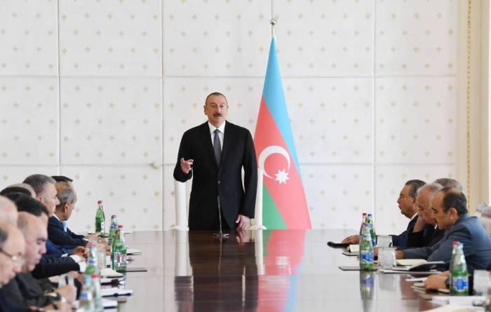 """İlham Əliyev: """"Rüşvətxorluğa qarşı ciddi mübarizə aparılacaq"""""""
