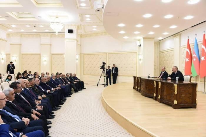 Azərbaycan Türkiyəyə 13,9 milyard dollar sərmayə qoyub