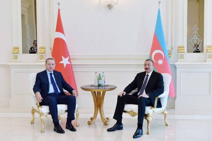 Ilham Aliyev hielt ein Einzelgespräch mit Recep Tayyip Erdogan - Fotos