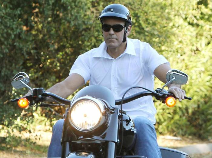 George Clooney, hospitalizado en Cerdeña tras un accidente de moto