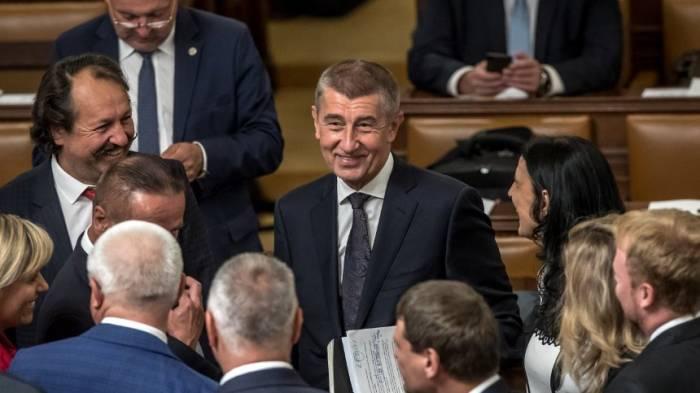 Tschechische Minderheitsregierung übersteht Vertrauensabstimmung