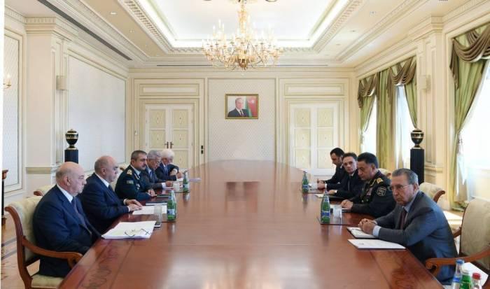 Ilham Aliyev préside la réunion des chefs des organes d'application de la loi du pays