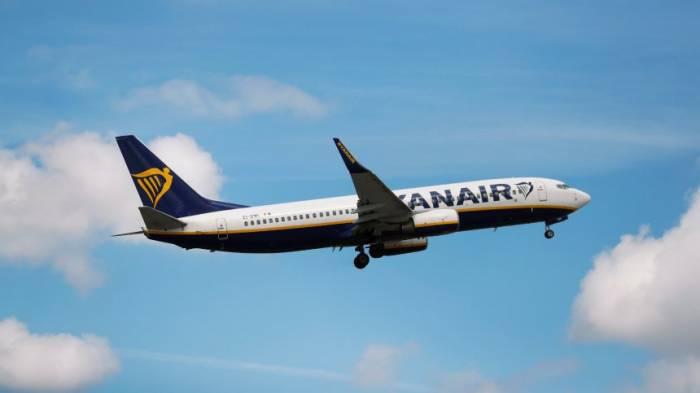 Plötzlicher Druckabfall - Ryanair-Maschine musste notlanden