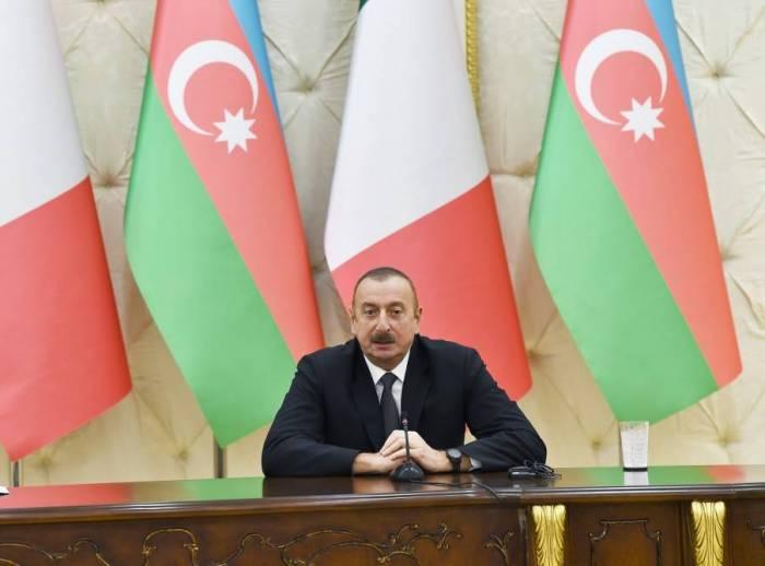 """İlham Əliyev: """"Status-kvo qəbuledilməzdir, dəyişdirilməlidir"""""""
