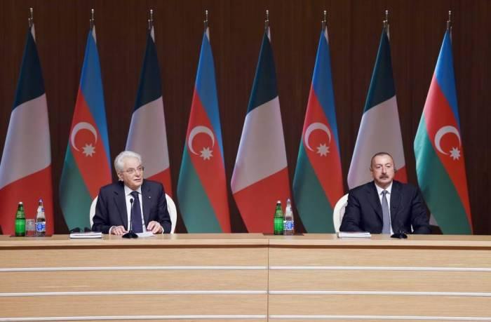 Azərbaycan və İtaliya prezidentləri biznes forumda - FOTOLAR