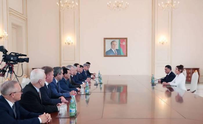 Mehriban Aliyeva rencontre les participants de la réunion du Conseil des ministres de l'Intérieur de la CEI