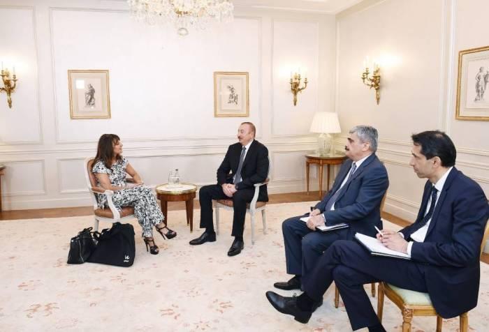 Ilham Aliyev se reúne con el director general de Wilmotte & Associes Architectes