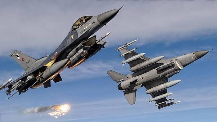 Türkiyə qırıcıları terrorçuları bombaladı