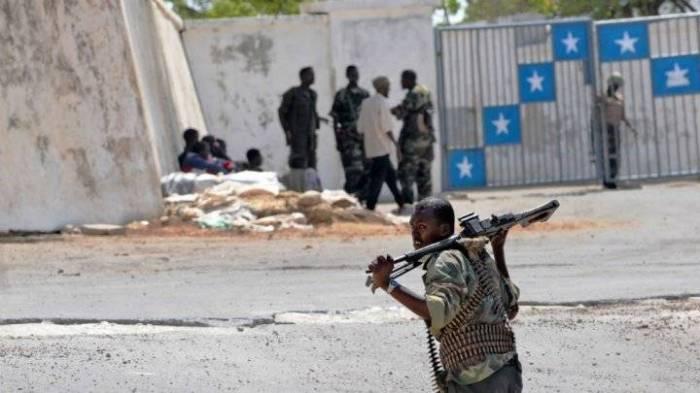 Un véhicule explose près du palais présidentiel à Mogadiscio
