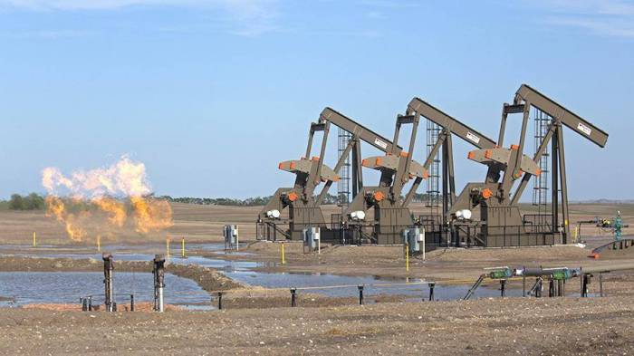 ABŞ neft istehsalı üzrə dünya lideri olacaq