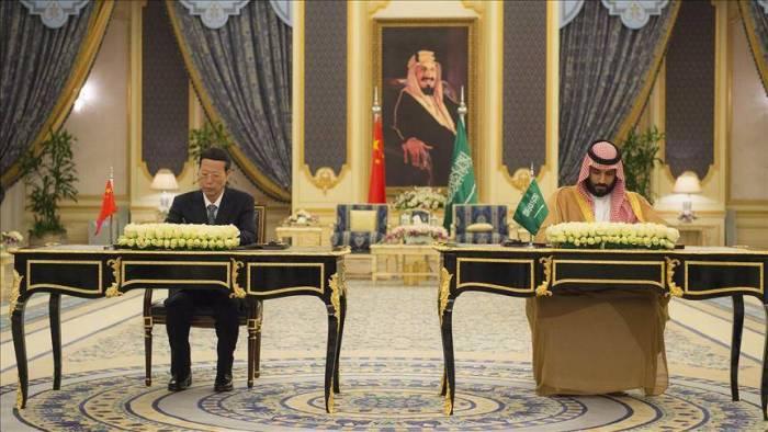 الصين في قلب الخليج لمنافسة الولايات المتحدة (تحليل)
