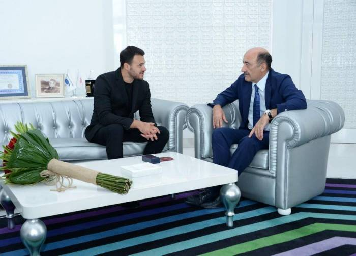 Famous singer Emin Agalarov receives honorary title of People