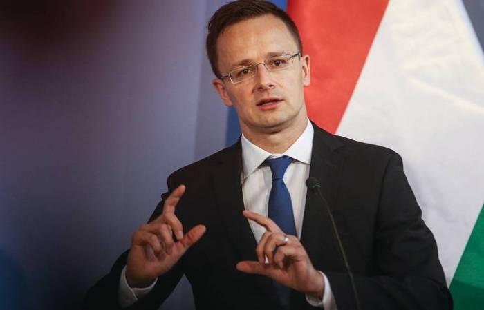 Macarıstan yenə Ukraynaya qarşı çıxdı