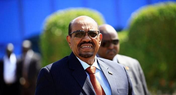 البرلمان السوداني يبحث قرار البشير تمديد حالة الطوارئ