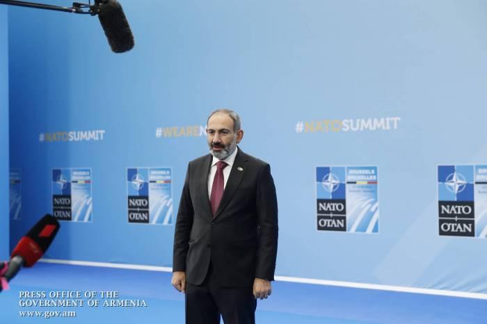 """""""İlham Əliyevlə görüşə dair danışıq aparılmır"""" - Paşinyan"""