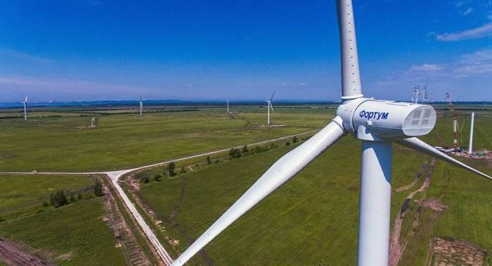 لبنان: توقيع عقد لشراء الطاقة الكهربائية من القطاع الخاص